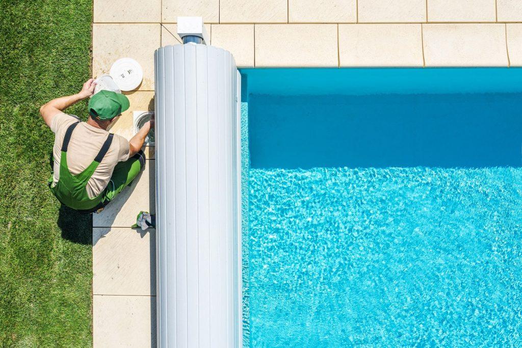 como hacer la limpieza de piscinas